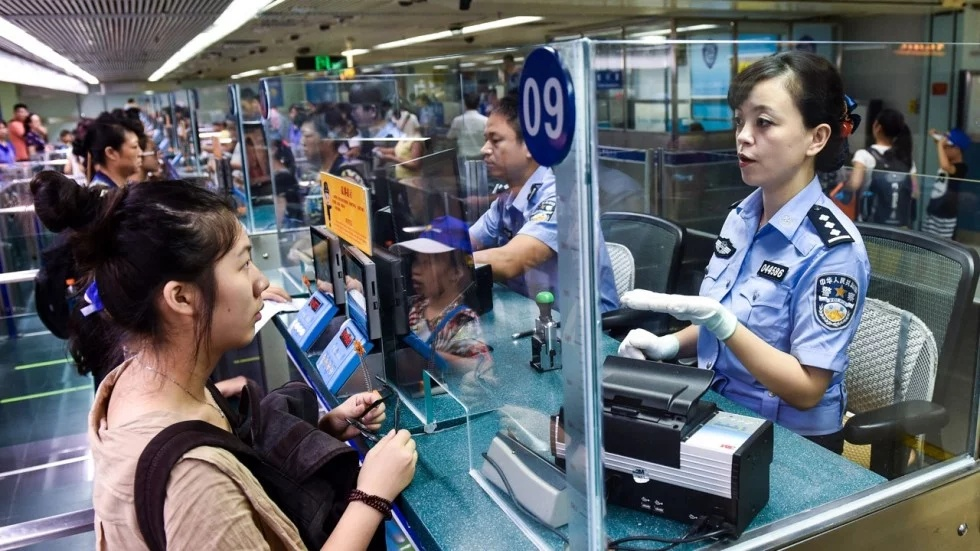 Facial recognition system for visitors is being used at China's border control.