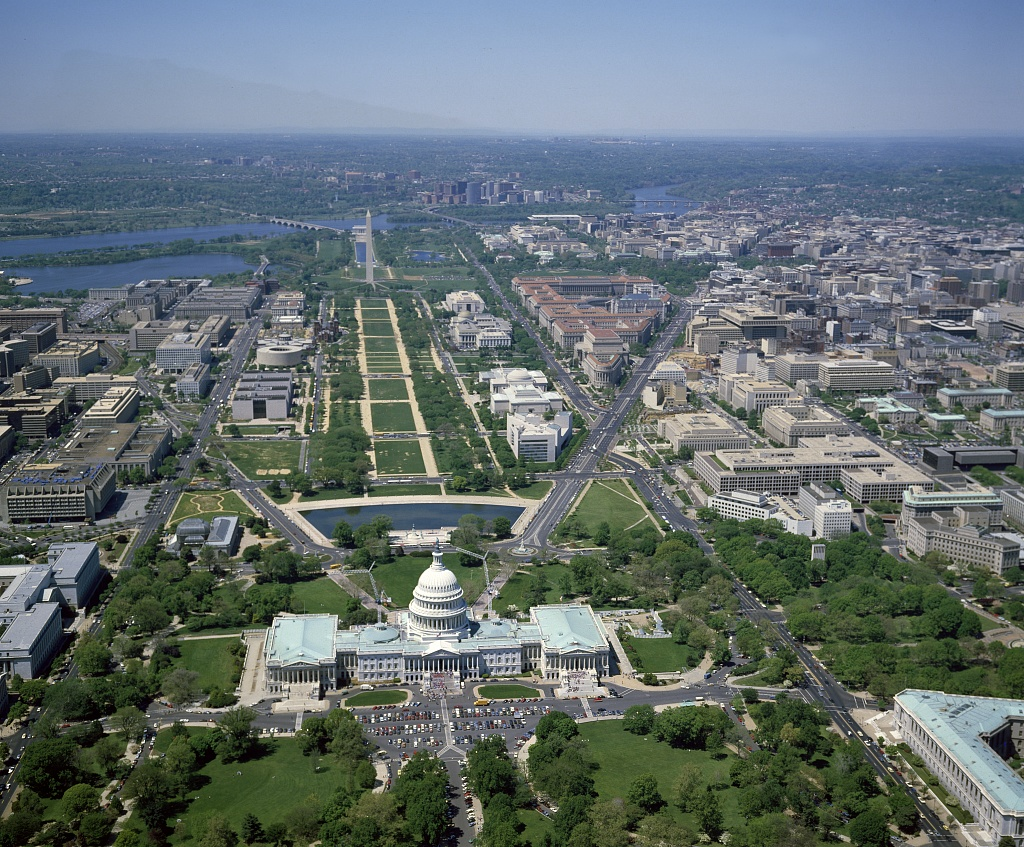 Aerial_view_from_above_the_U.S._Capitol_17213v.jpg