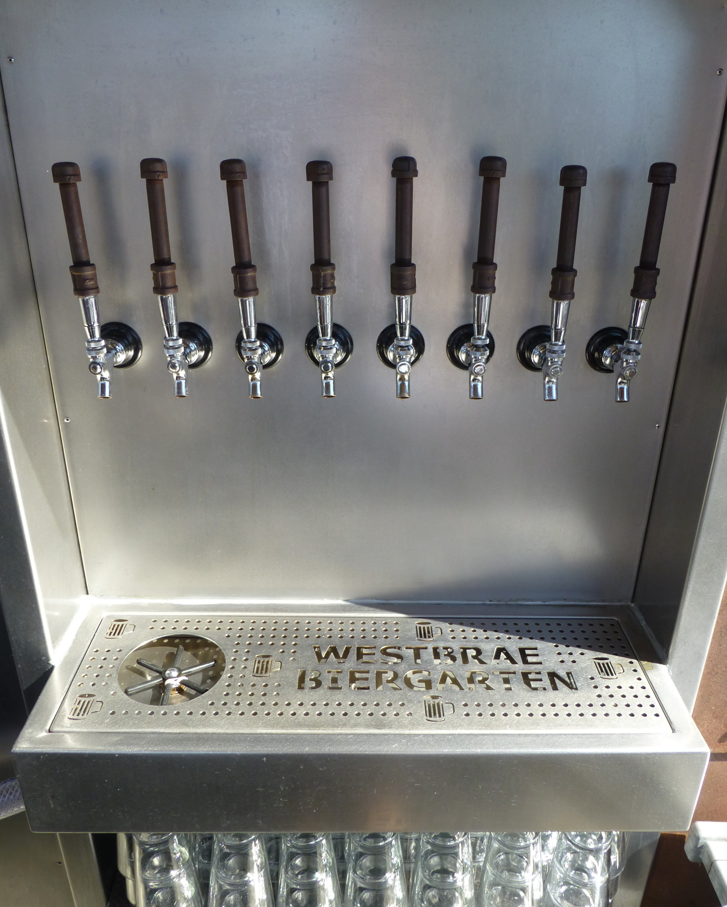 P1010250 tap-tray.JPG
