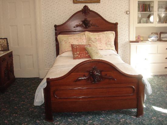 lizzie-borden-s-room.jpg