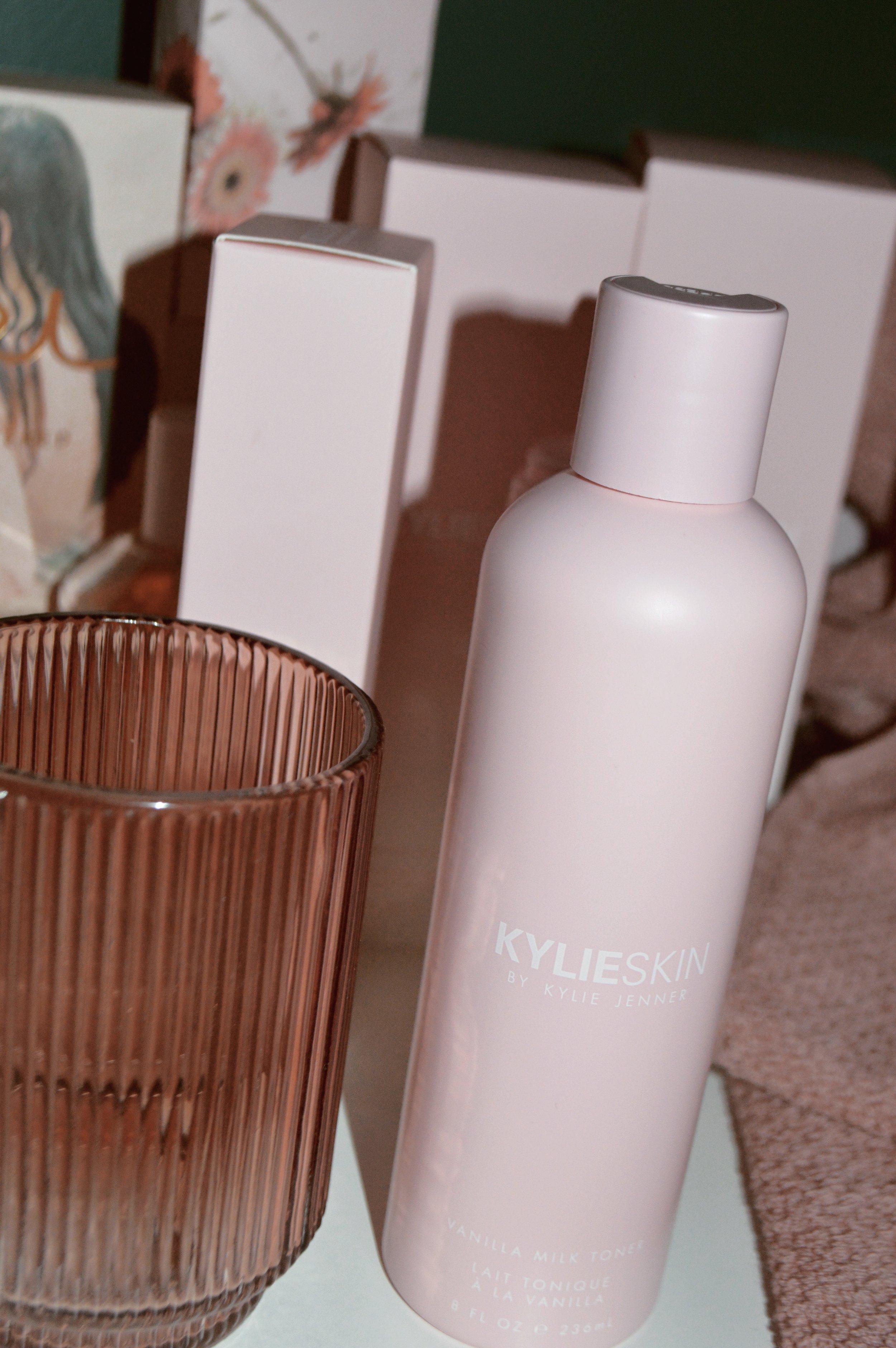 Kylie Skin_desseydoll_7.jpg
