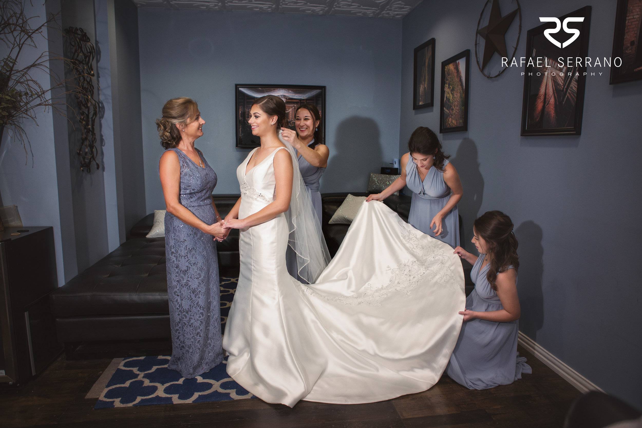The Cotton Mill in Mckinney weddings009.jpg