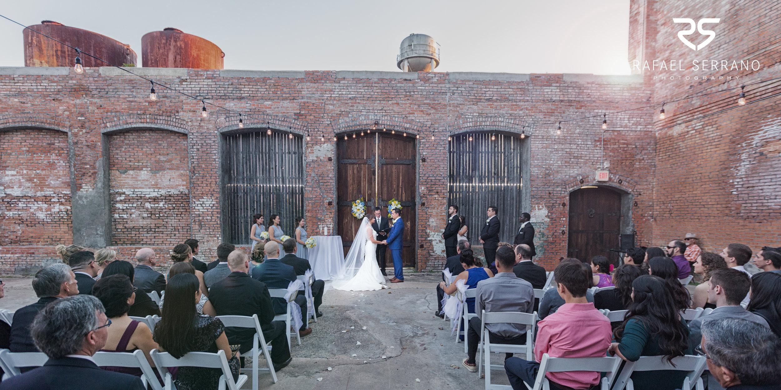 The Cotton Mill in Mckinney weddings022.jpg