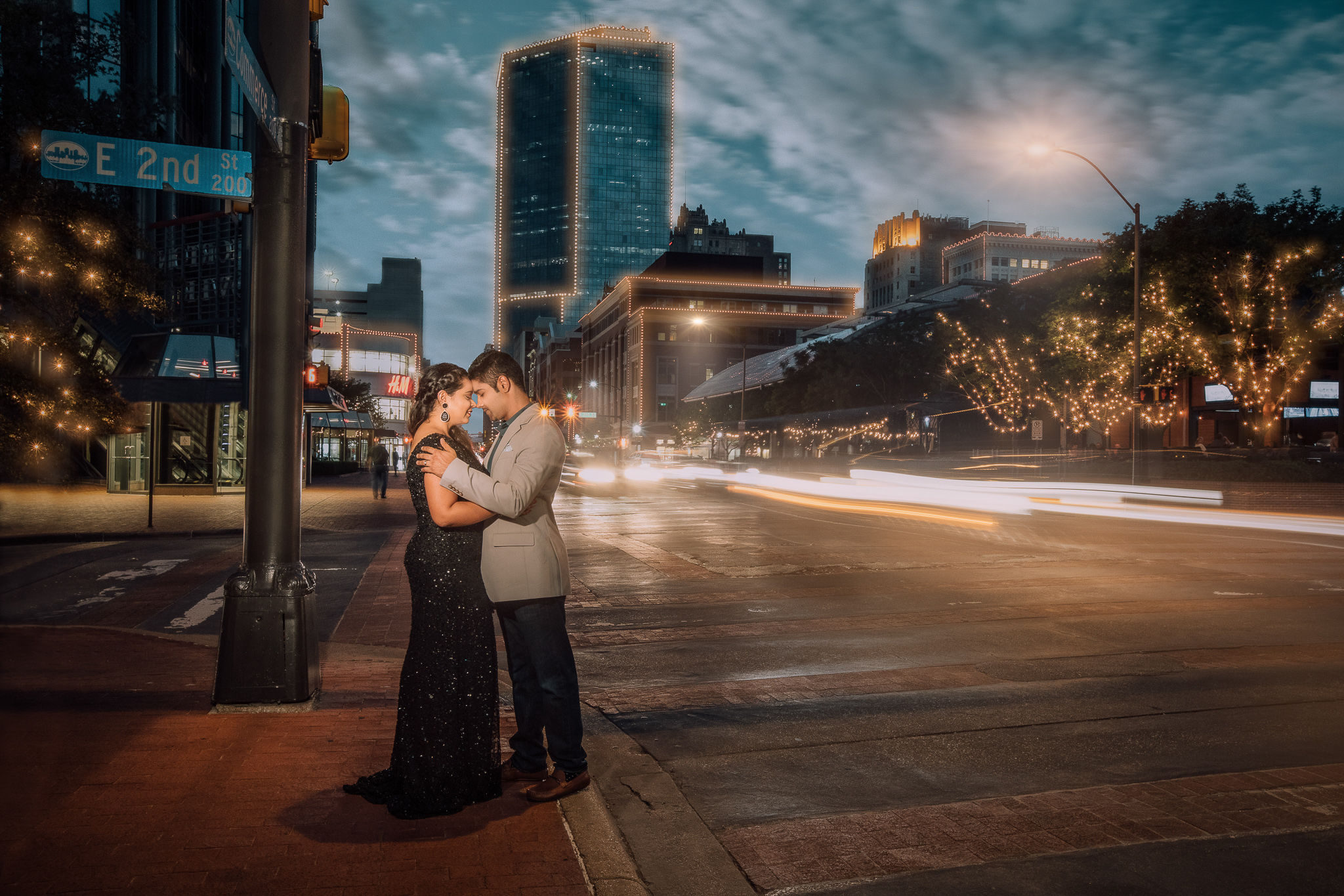 BEST ENGAGEMENT PHOTOGRAPHER IN DALLAS