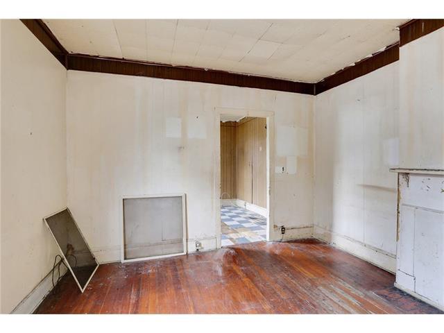 Before - Gallery Room 1