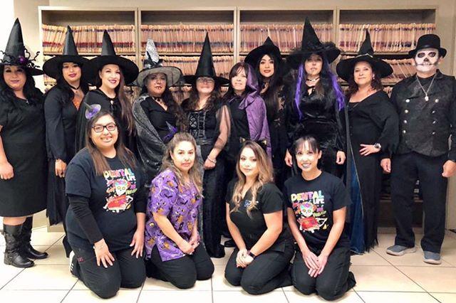 Have a spookalicous day! #happyhalloween🎃 #dentalteam #dentaloffice #eliteteam #laredo #gentledental #witches #goons #goblins #ghostrider #boo #spookalicous