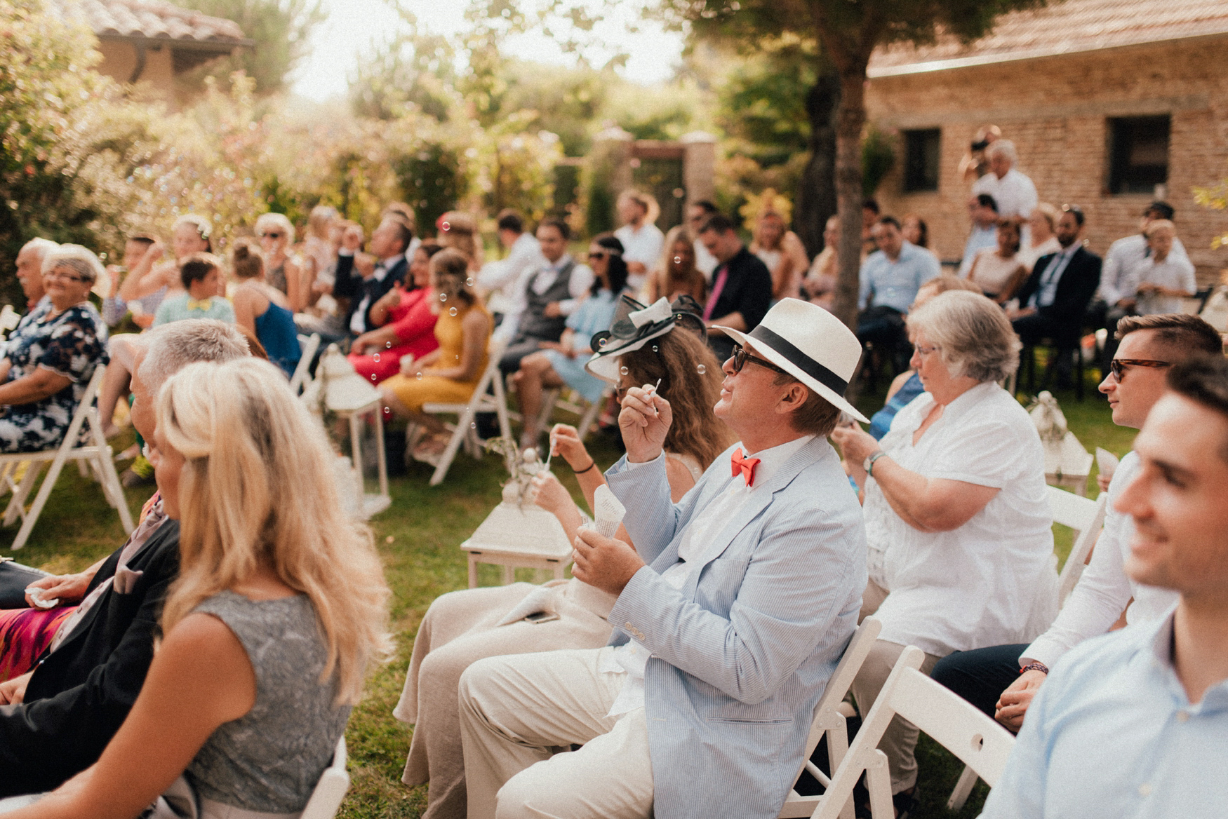 1 rustic summer barn wedding 047.jpg