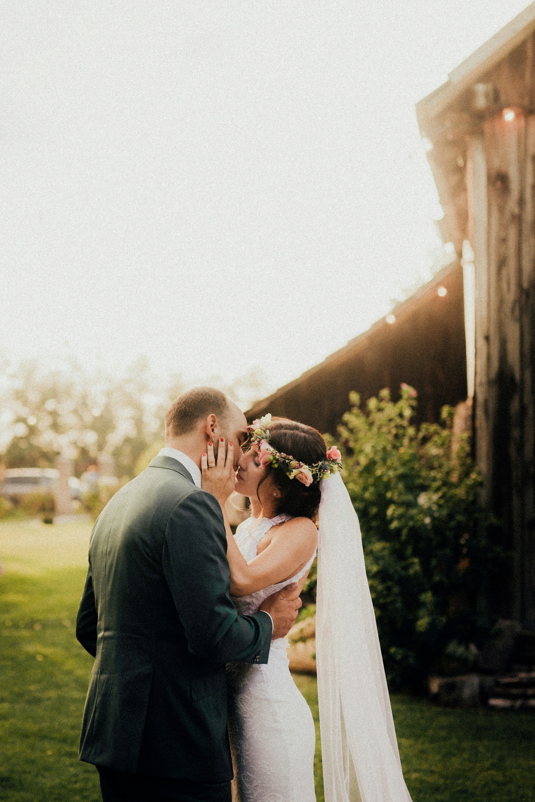 2 rustic summer outdoor wedding 004.jpg