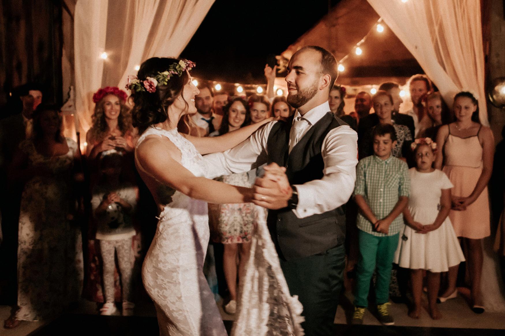2 rustic summer outdoor wedding 026.jpg