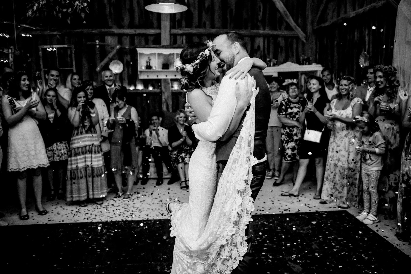 2 rustic summer outdoor wedding 028.jpg