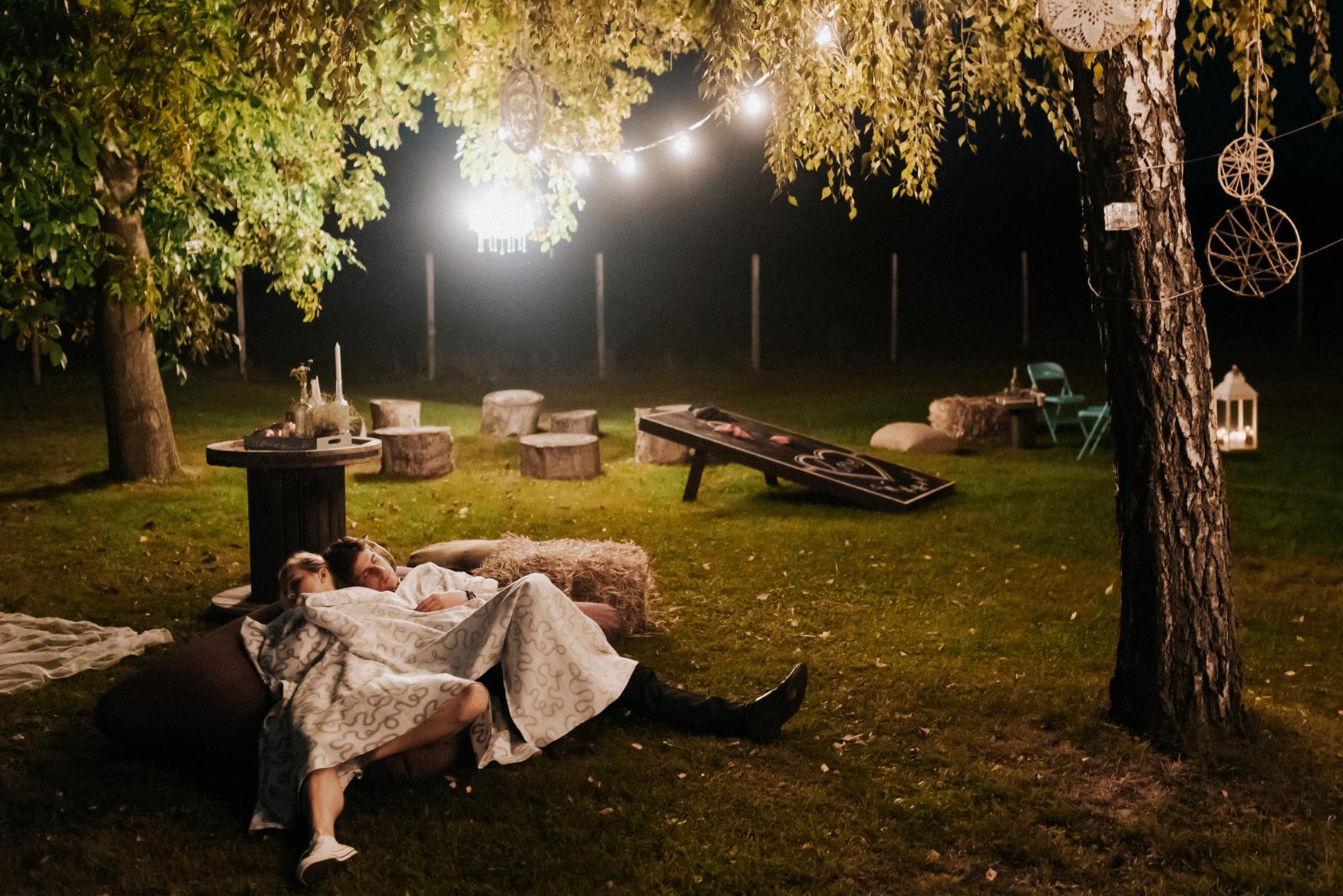 2 rustic summer outdoor wedding 052.jpg