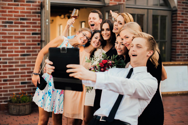 3 bohemian wedding in vineyards 004.jpg