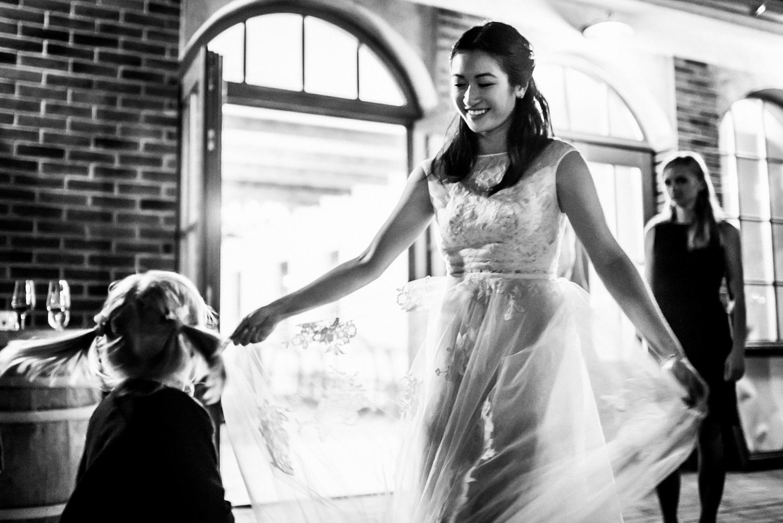3 bohemian wedding in vineyards 026.jpg