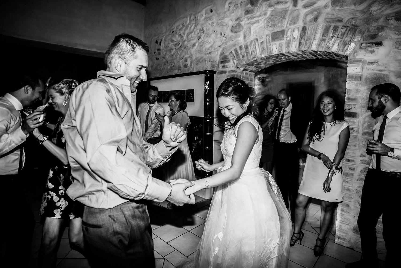 3 bohemian wedding in vineyards 033.jpg