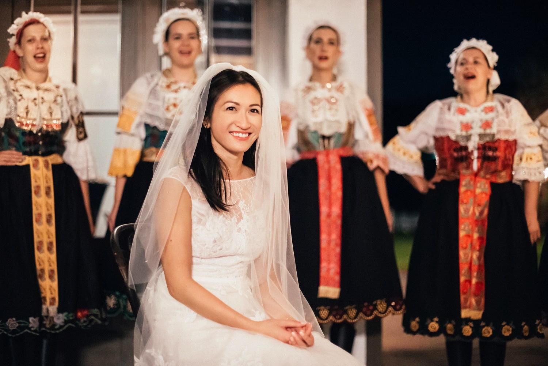 3 bohemian wedding in vineyards 043.jpg