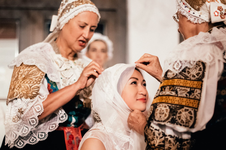 4 bohemian wedding in wiegerova vila 002.jpg