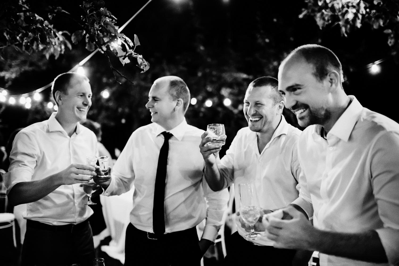 4 bohemian wedding in wiegerova vila 011.jpg
