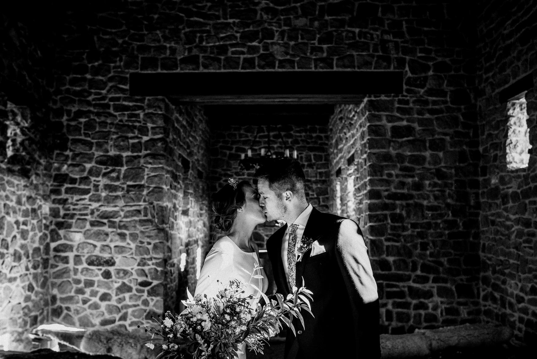 2 prague wedding photographer - boho svatba zikmundov028.jpg
