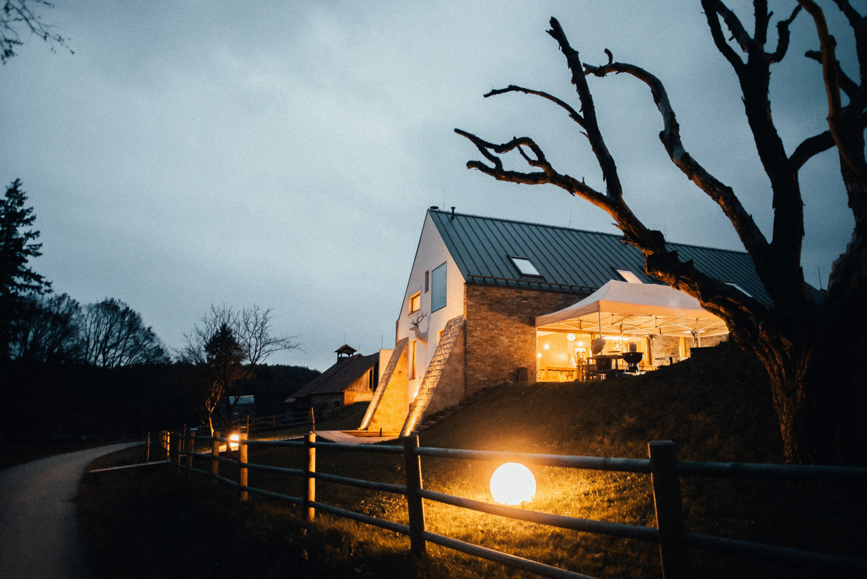 3 czech countryside rustic wedding - svatba zikmundov017.jpg