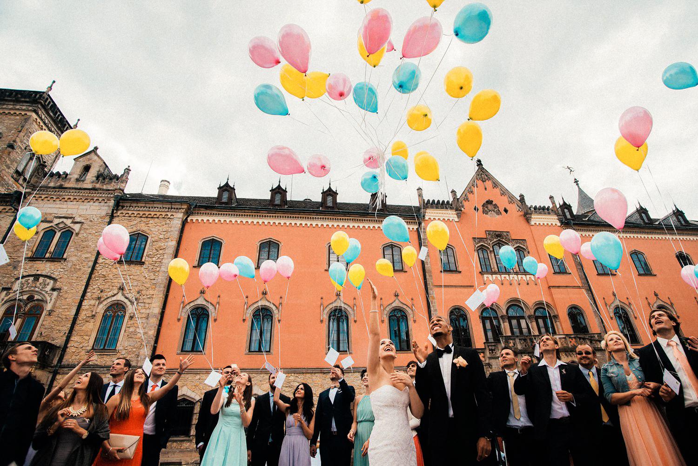 VIP football wedding at czech castle 043.jpg