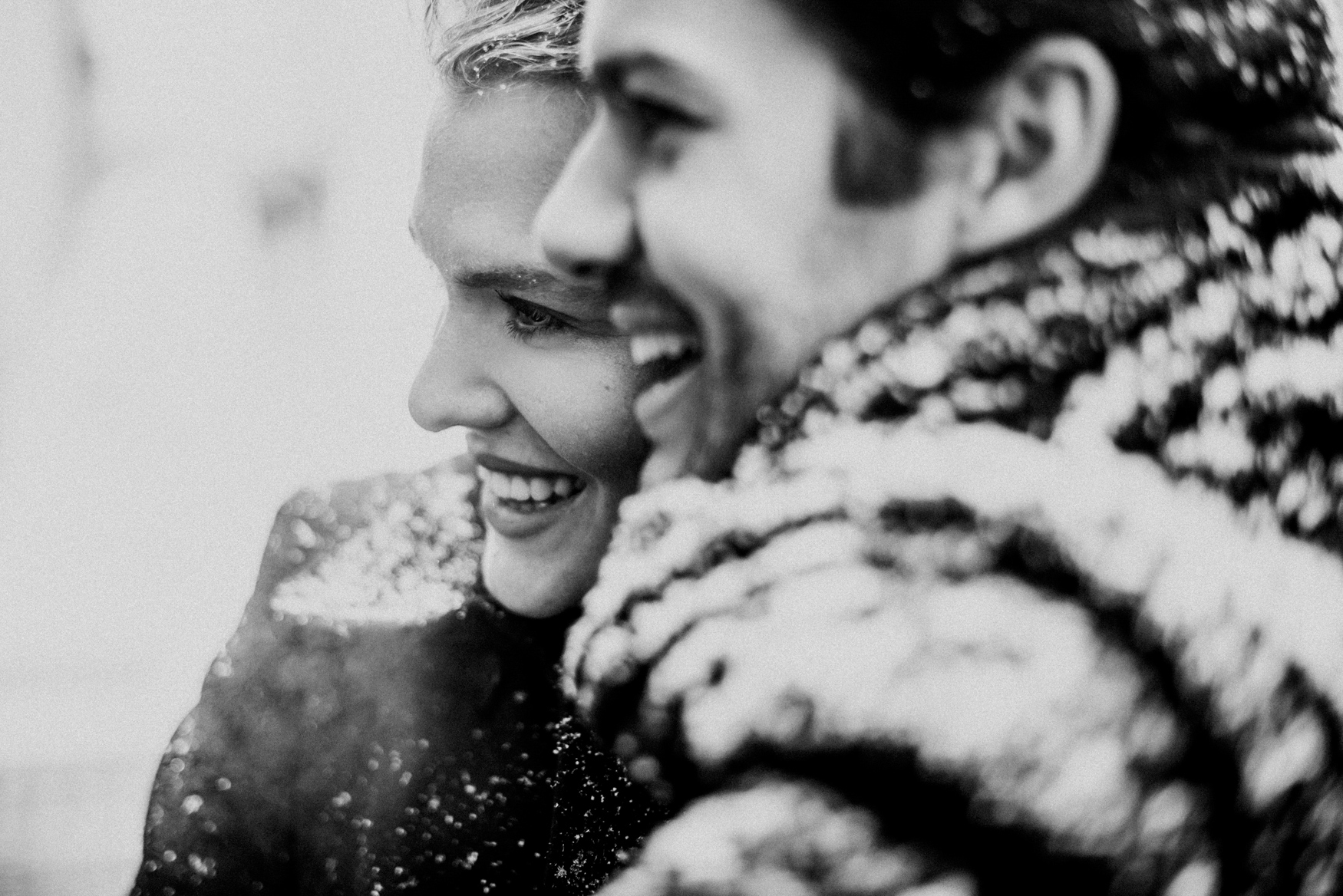nyc winter snowy manthattan engagement session 020.jpg