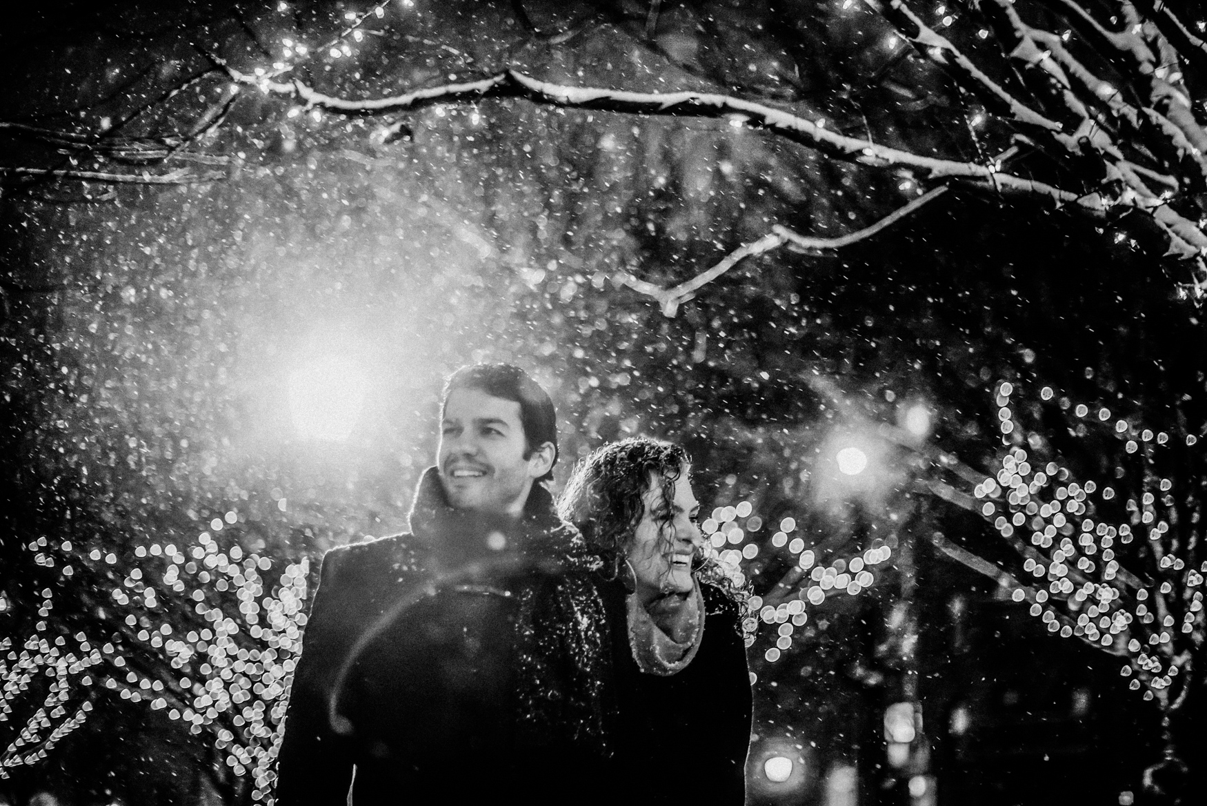 nyc winter snowy manthattan engagement session 037.jpg