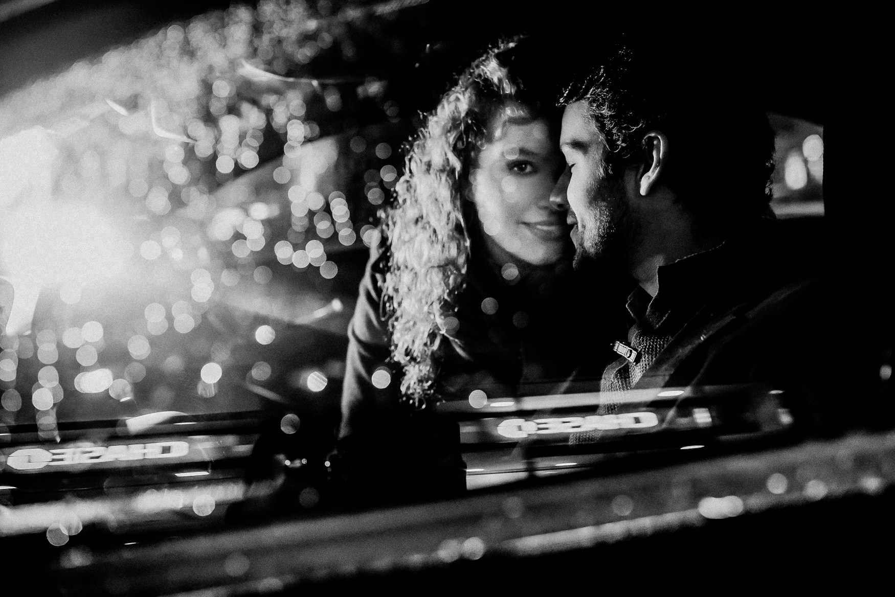 nyc winter snowy manthattan engagement session 042.jpg