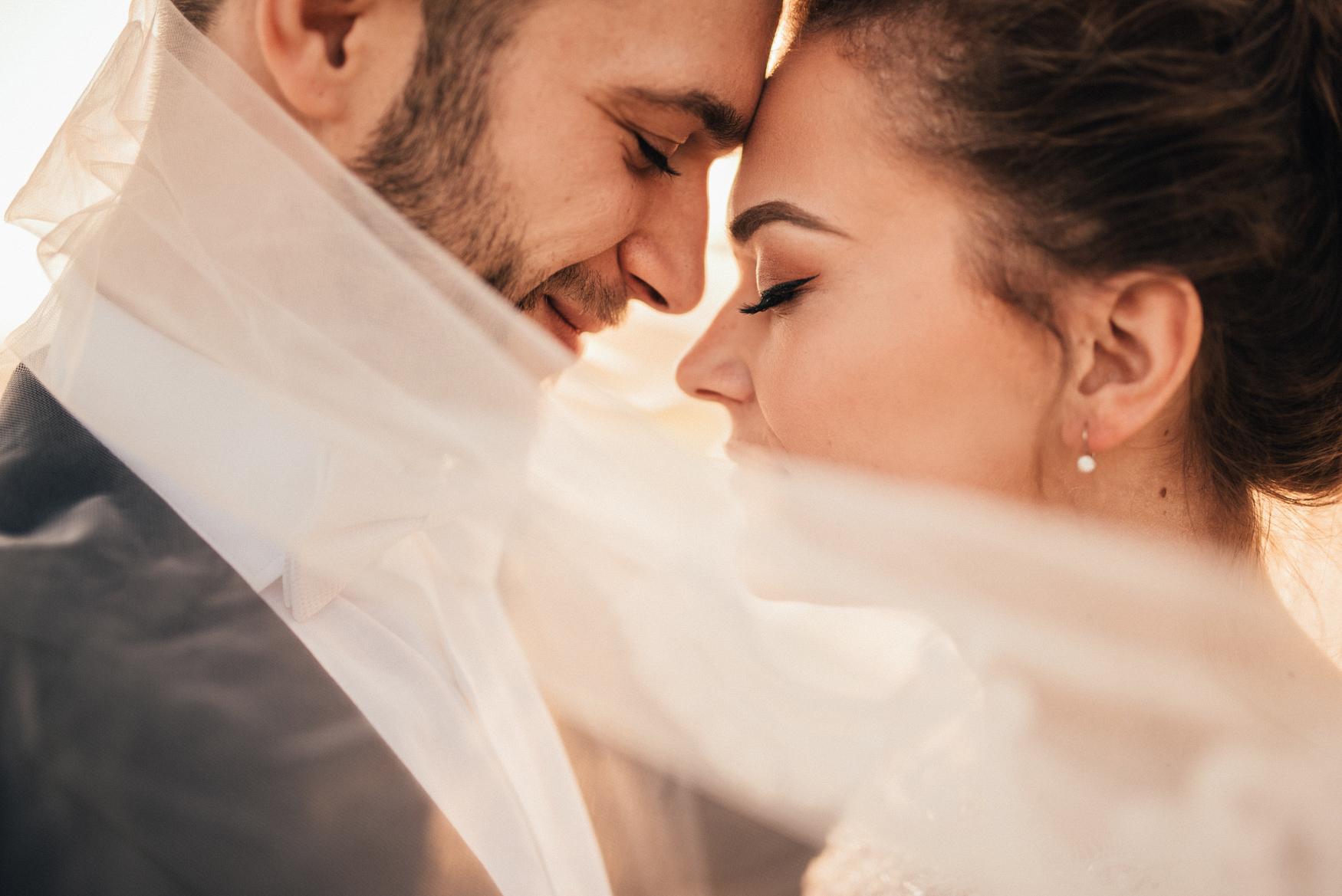 bestof2017_030 emotive wedding photography.jpg