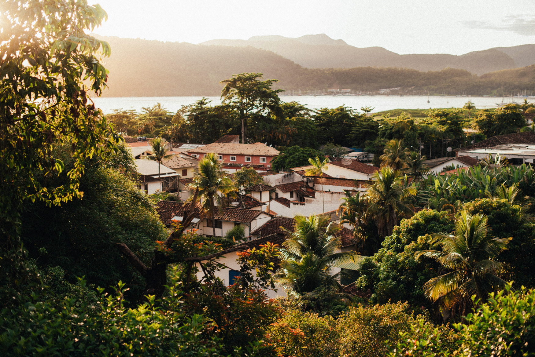 E&T1 brazil tropical engagement session in paraty & rio 011.jpg