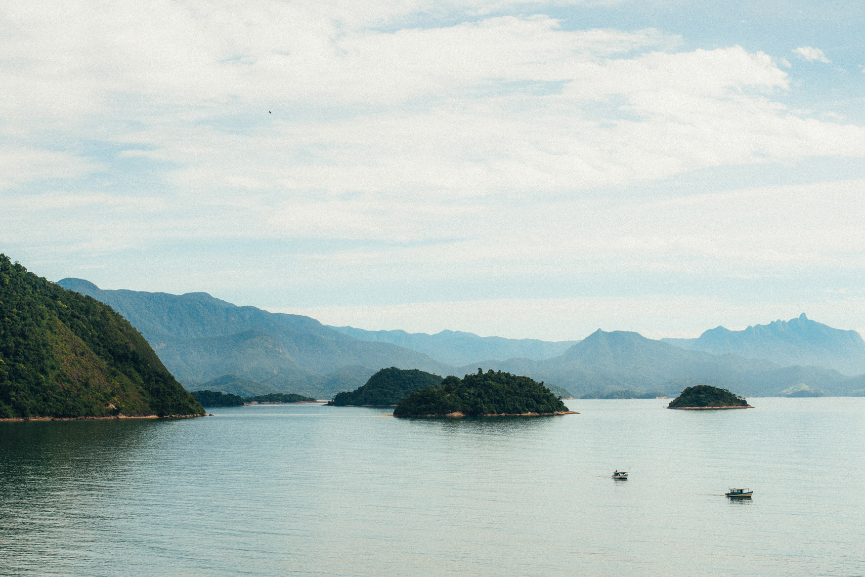 E&T1 brazil tropical engagement session in paraty & rio 013.jpg