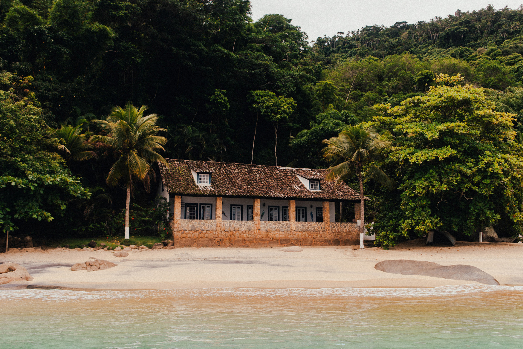 E&T1 brazil tropical engagement session in paraty & rio 023.jpg