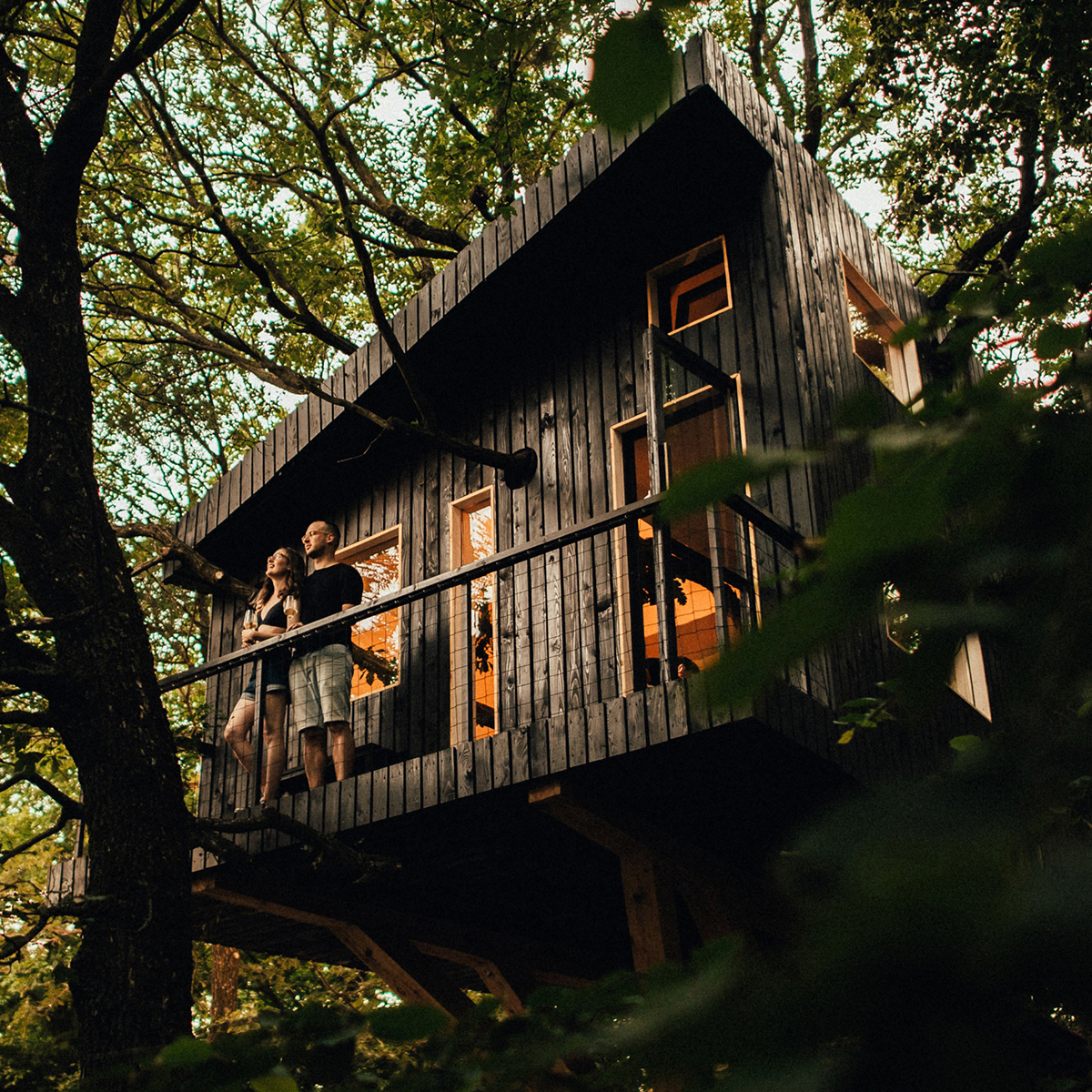 KRISTIANA & OTO: TREEHOUSE PREWEDDING SESSION