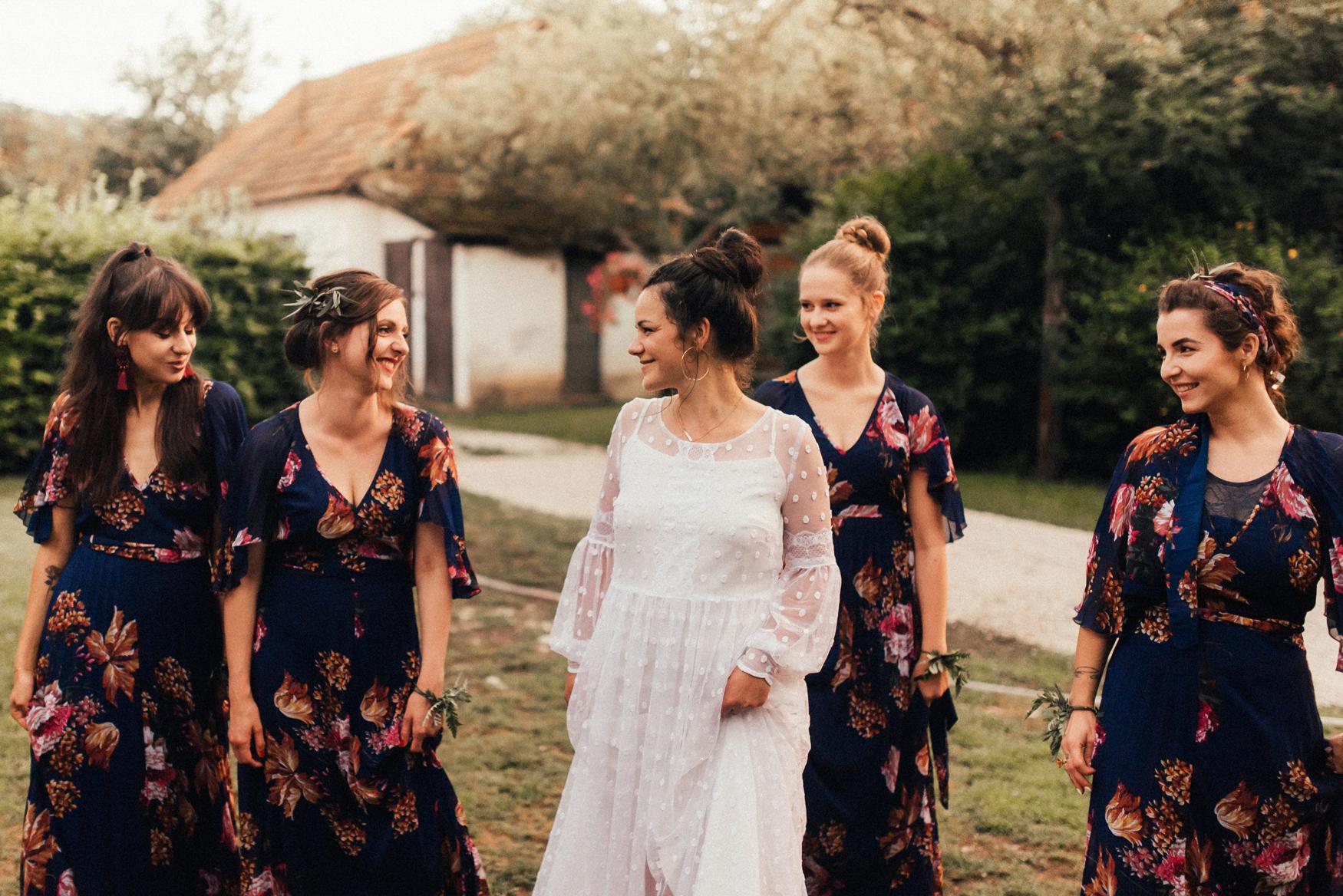 k&p relaxed hipster barn wedding 082.jpg