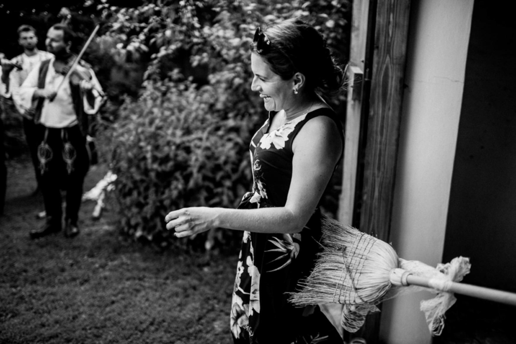 k&p relaxed hipster barn wedding 088.jpg