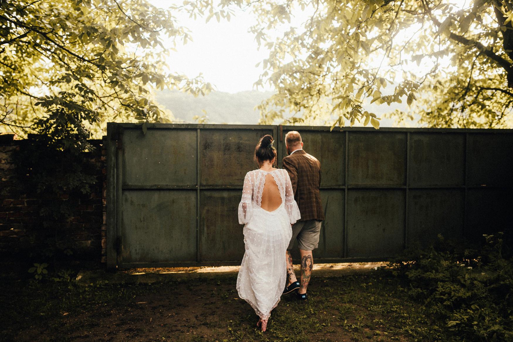 k&p relaxed hipster barn wedding 106.jpg