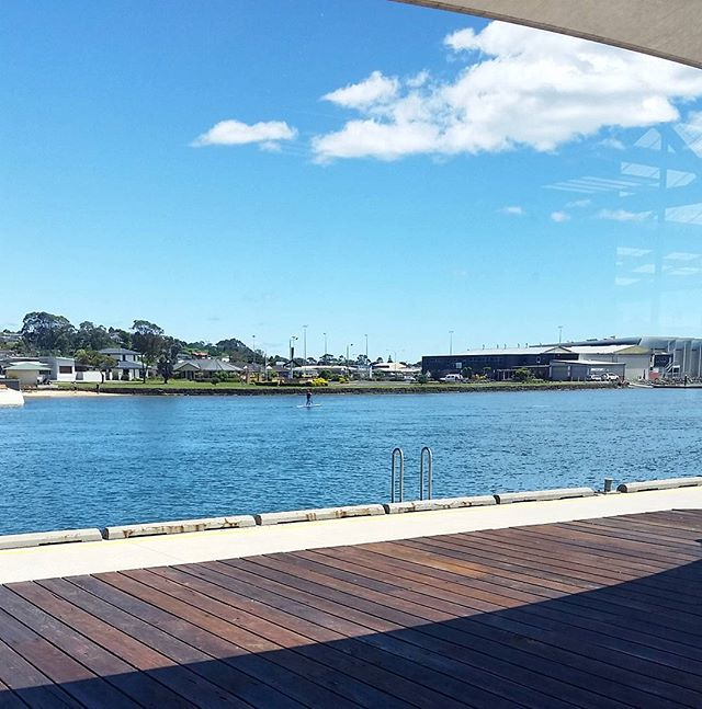 It's a gorgeous day on our deck. Swing by for a drink or some lunch and take in the views of the Leven River ☀ #discovertasmania #tasmania #sunshine