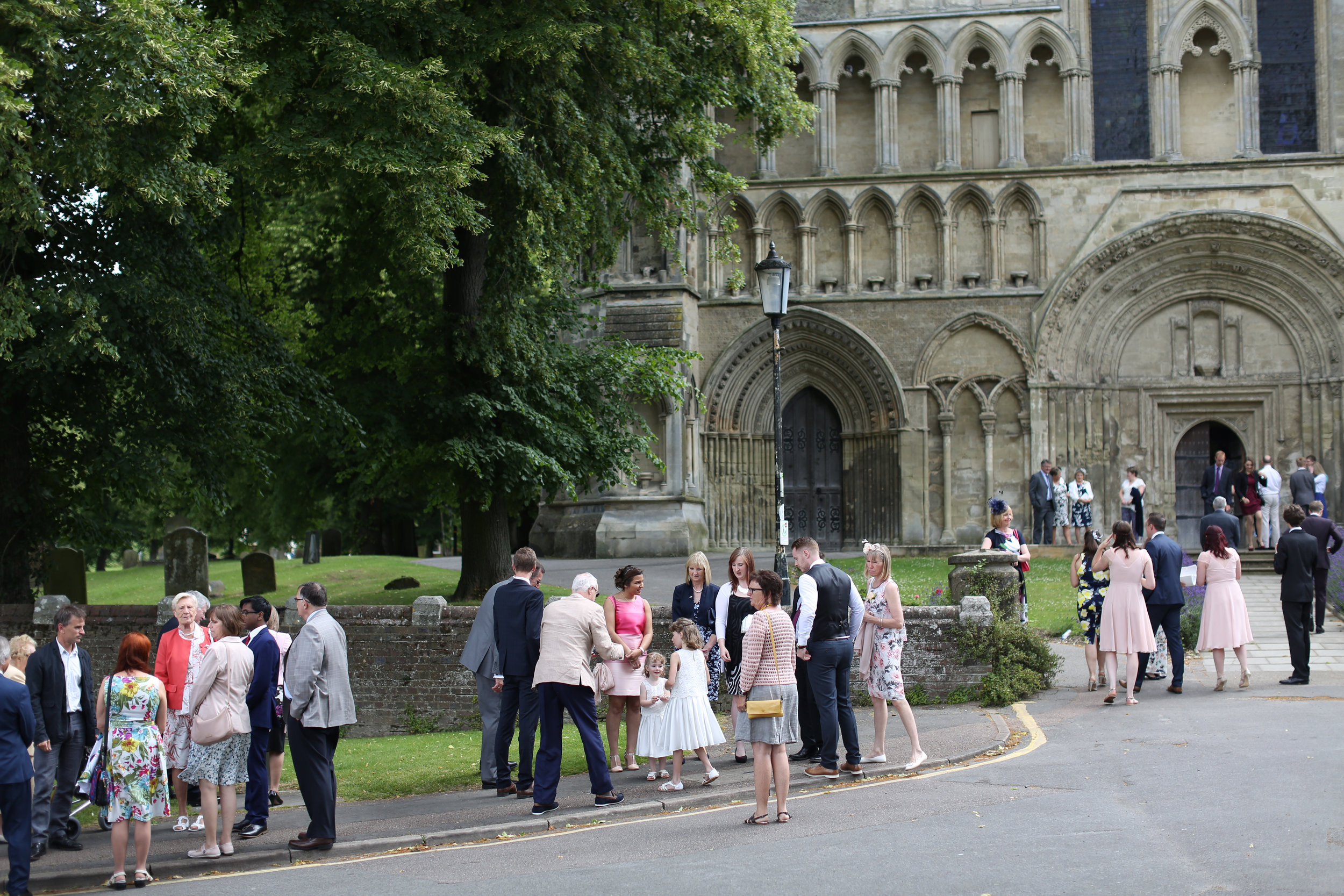 JELLYFISH WEDDING PHOTOGRAPHY THE PRIORY ST PETER CHURCH DUNSTABLE (2).jpg