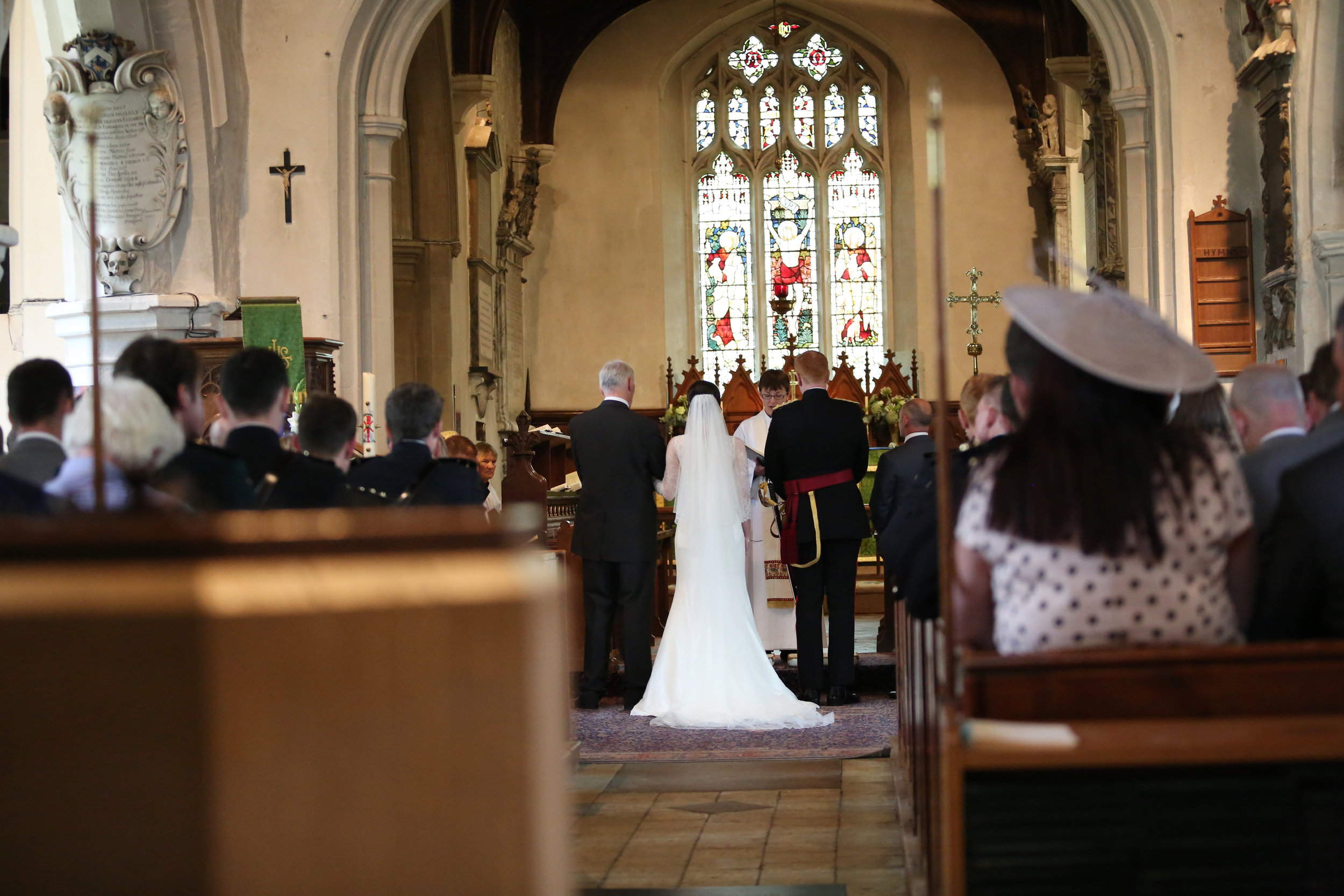 JELLYFISH WEDDING PHOTOGRAPHY ST MARY'S CHURCH HENLOW (9).jpg