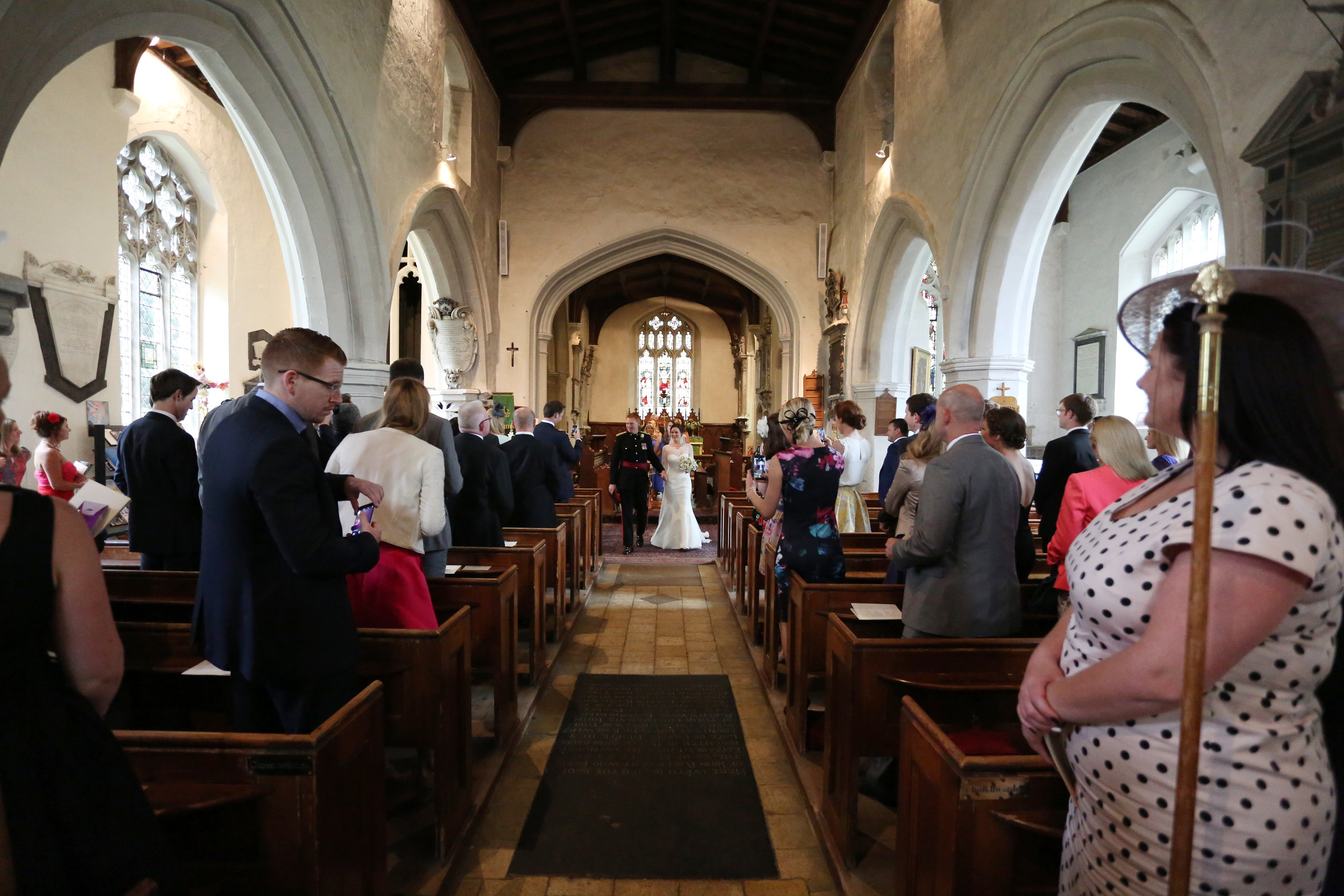 JELLYFISH WEDDING PHOTOGRAPHY ST MARY'S CHURCH HENLOW (26).jpg