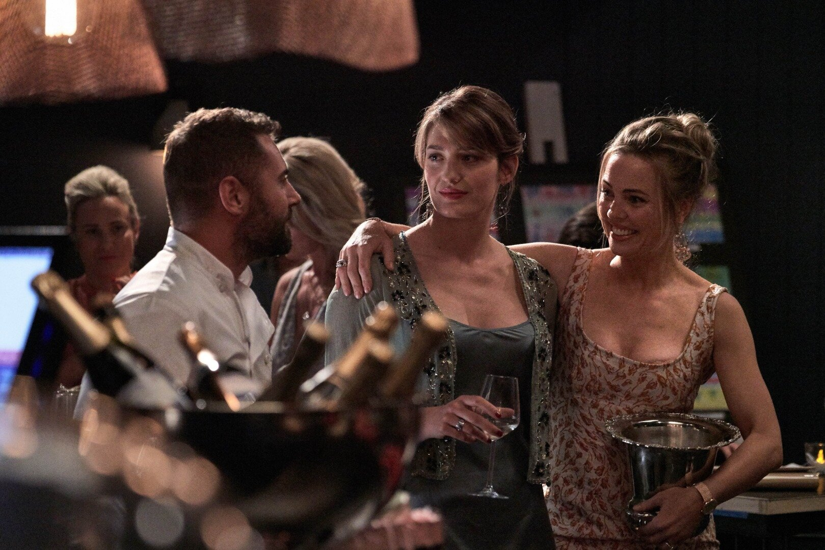 bad-mothers-ep-1-dsc8335-daniel-macpherson-as-anton-pooley_tess-haubrich-as-sarah-pooley-melissa-george-as-charlotte-evans-photo-scott-mcaulay.jpg