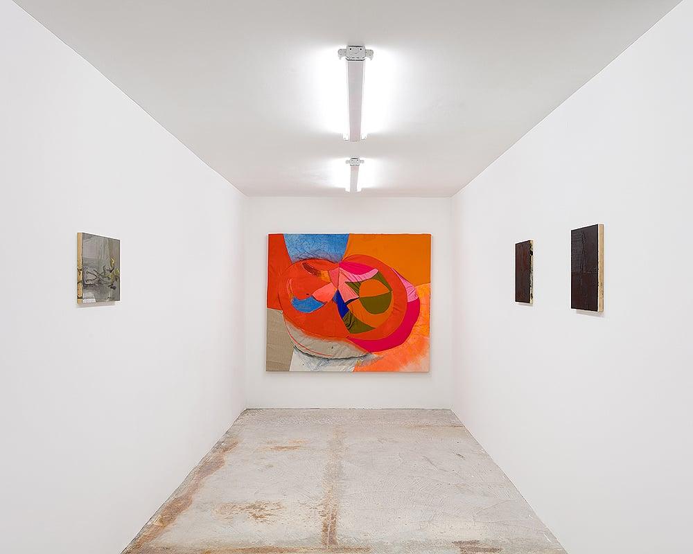 Molly Zuckerman-Hartung and Dana DeGiulio     QUEEN    Installation view at Lyles & King