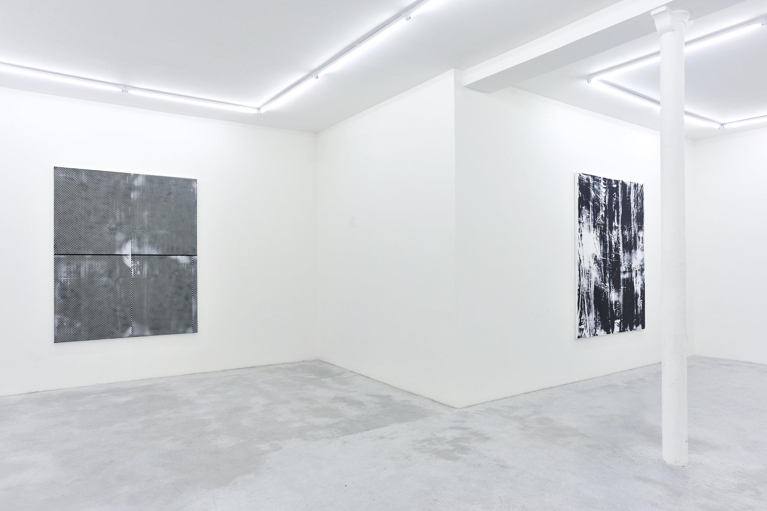 Thomas Fougeirol,  Black Sun,  Installation view at Praz-Delavallade, Paris, FR, April 2 - May 7, 2011