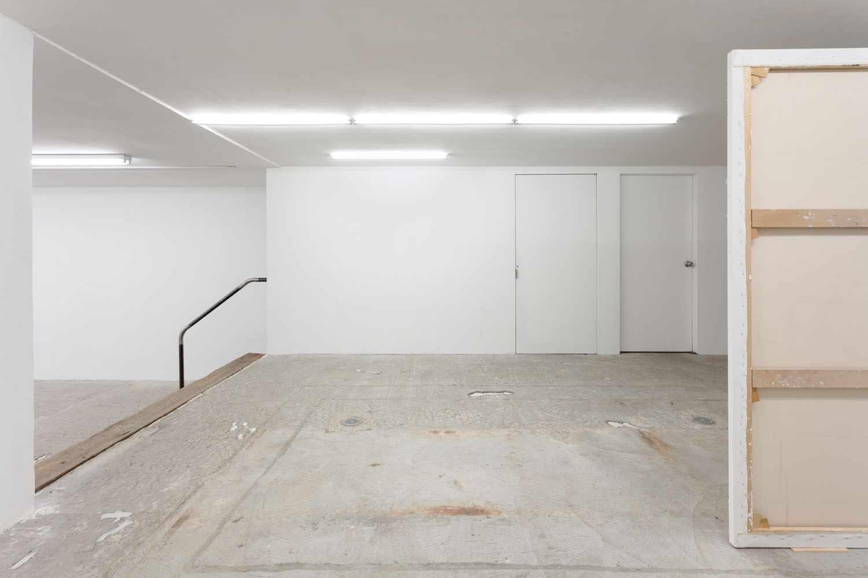 Thomas Fougeirol, Jo-ey Tang, Harold Edgerton   Bullet Through Glass,  Installation view at Lyles & King, New York, US, March 25 - April 30, 2017