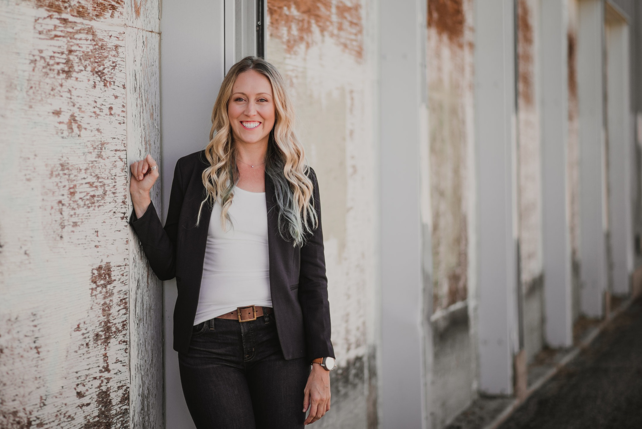 Meet Our Founder - After almost 10 years in the corporate world, Lindsay craved in-person community with other entrepreneurial women like her…so she created it.