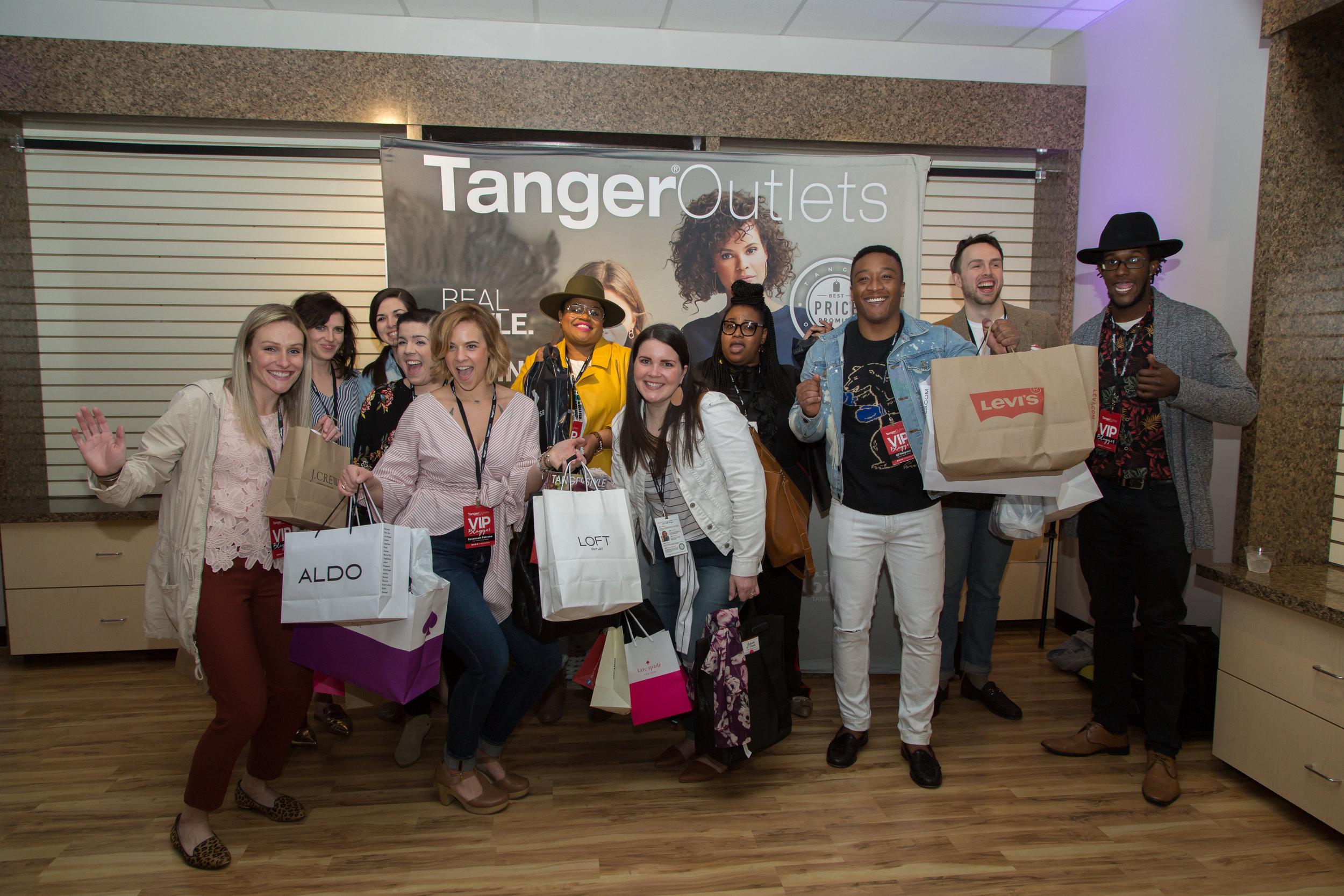 dj-hargrave-blogger-tanger-outlets.jpg