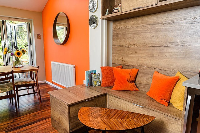 Recent work for idesigninteriors.co.uk  A pretty cool kitchen with super warm colours, great to photograph! 🍊  #interiors #kitchens #design #somerset #interiordesign #orange #house #diningroom #interiorphotography #commercialphotography #freelance