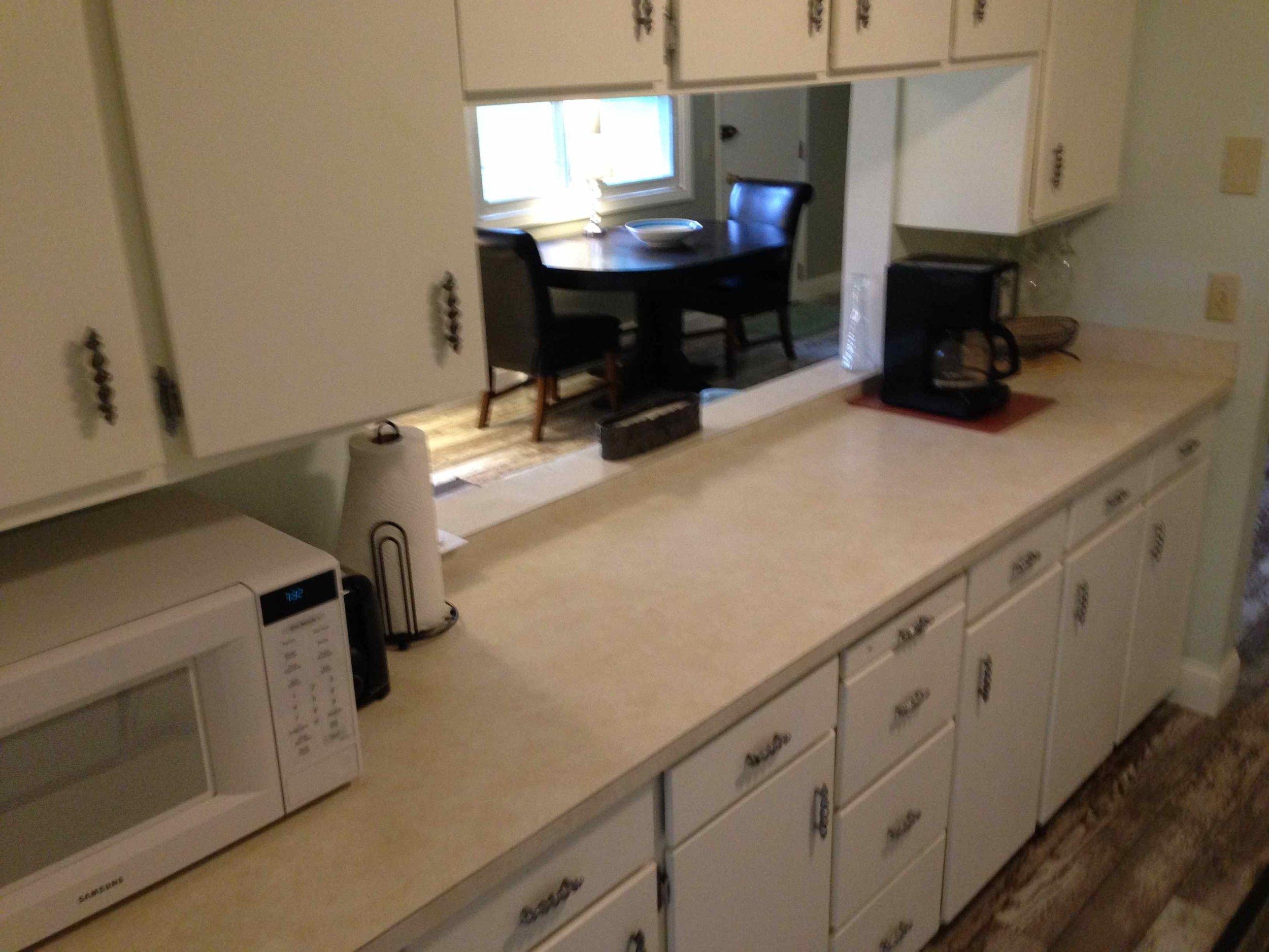KitchenLeft.jpg