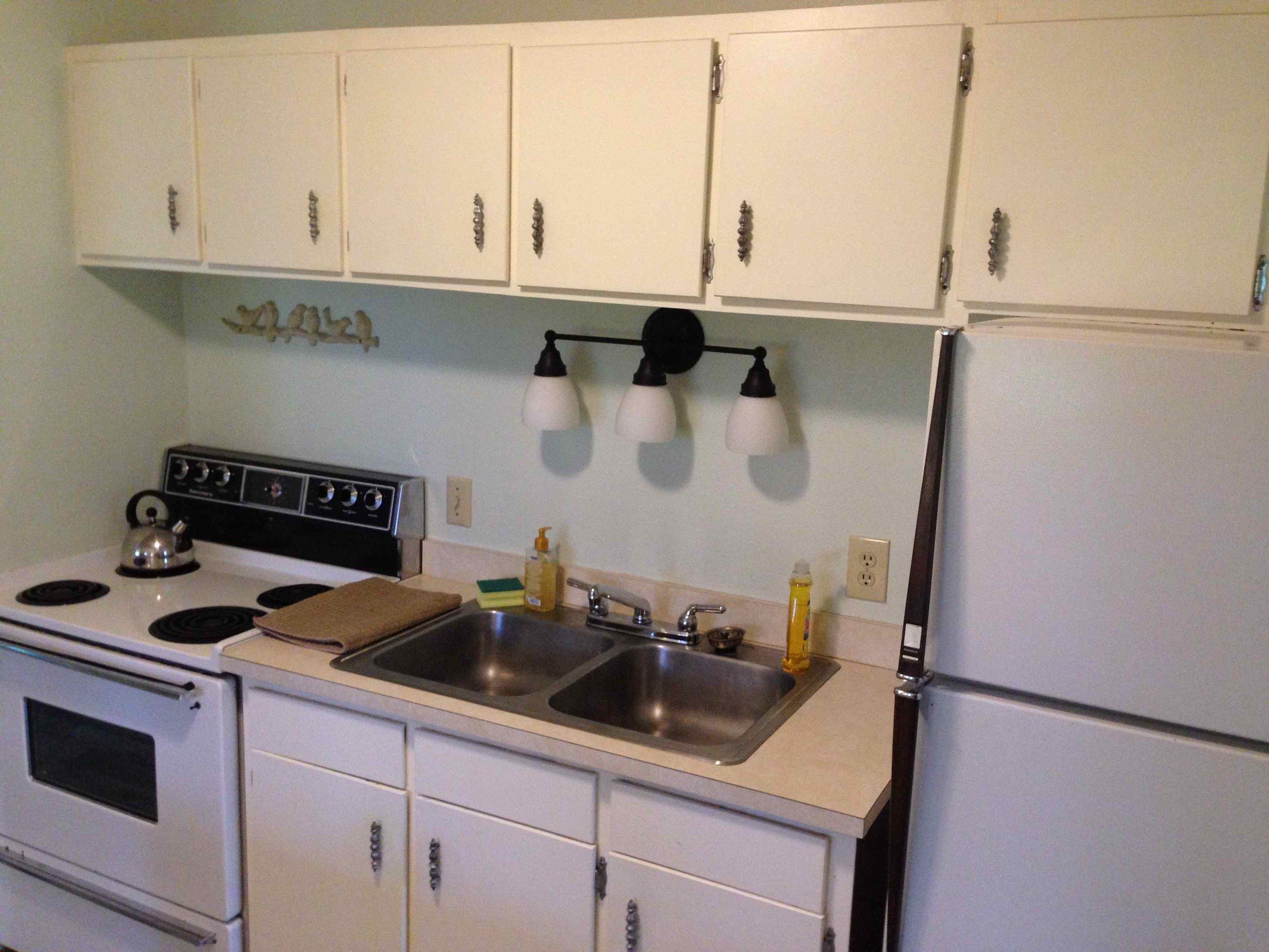 Kitchenright.jpg