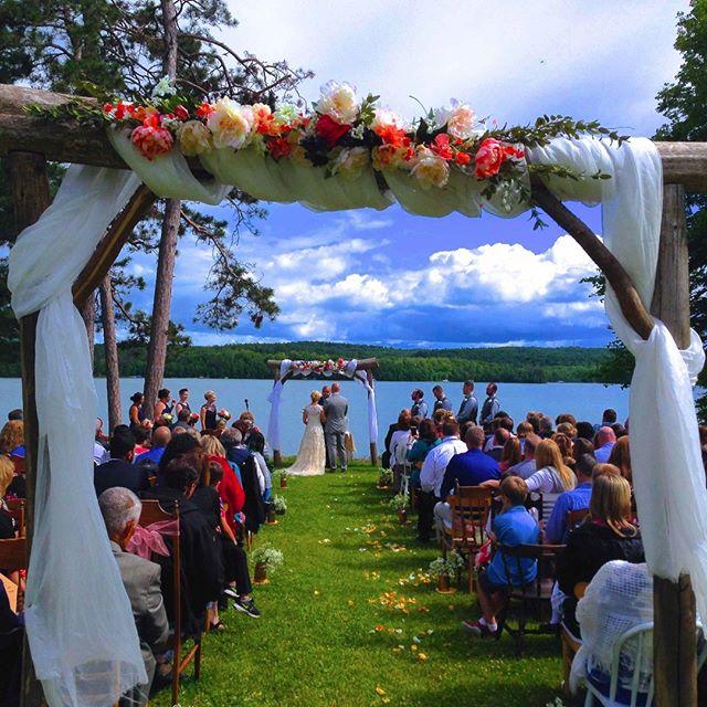 #jennaandjoewedding #lakewedding #weddingaltar at #sugarcrest