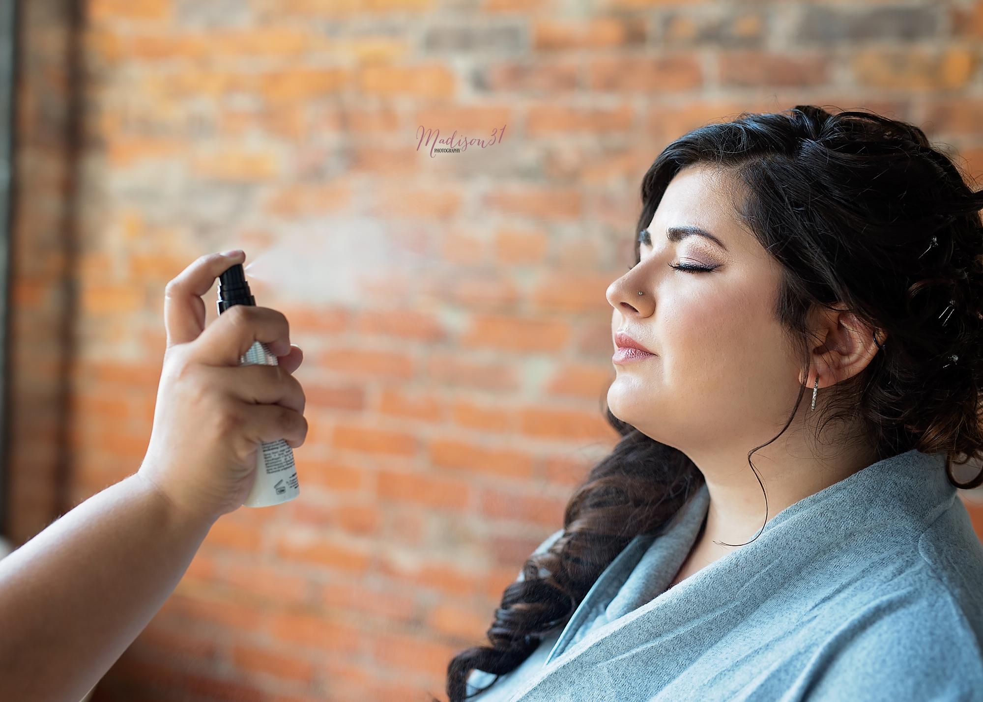 Getting Ready Bride (47) copy.jpg